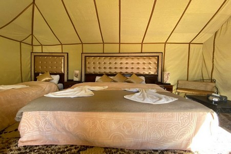 luxury desert camps
